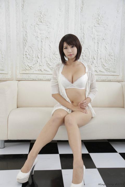 【速報】巨乳ドスケベボディーの中国人美女を見つけたぞwwwwww(画像あり)・18枚目の画像