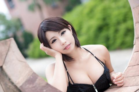 【速報】巨乳ドスケベボディーの中国人美女を見つけたぞwwwwww(画像あり)・3枚目の画像