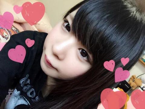 コミケ・ニコ生でロリコンヲタのチンポをフルボッキにさせる美少女レイヤーwwwww(胸チラ・パンチラエロ画像あり)・5枚目の画像