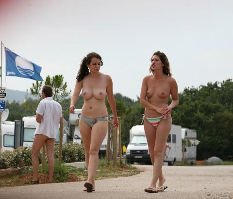 慰安旅行で一番喜ばれる場所「ヌーディストビーチ」がクッソエロいwwwwwww(画像あり)・35枚目の画像