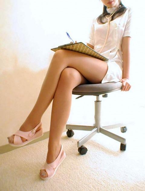 スレンダー美脚好きにはたまらないスラっとした女のエロ画像31枚・3枚目の画像