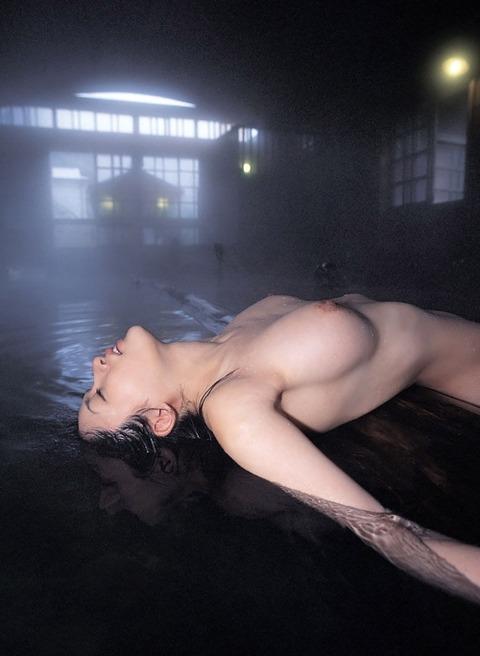 冬の風物詩「温泉美女」が抜けるエロ画像30枚・15枚目の画像