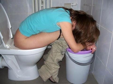 【※レイプ寸前】酒弱い女が無理して飲んだ結果wwwwwwwwwwww(画像あり)・8枚目の画像