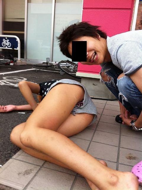 【※レイプ寸前】酒弱い女が無理して飲んだ結果wwwwwwwwwwww(画像あり)・12枚目の画像